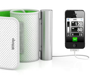 Blood-pressure-monitor-for-iphone-ipad-m
