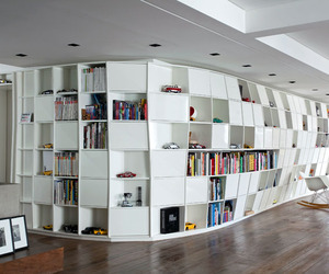 Bookcase Apartment by Triptyque Studio