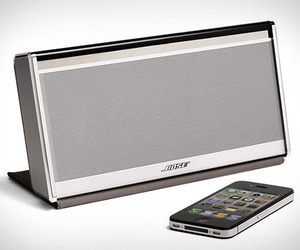 Bose-soundlink-wireless-mobile-speaker-m