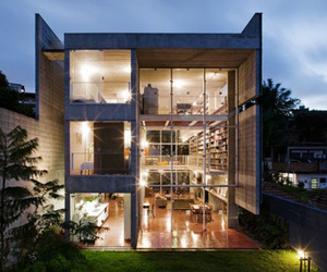 Brazilian-home-with-an-incredible-library-design-m