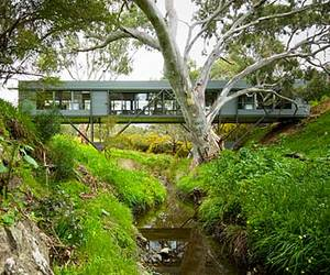 Bridge-house-by-max-pritchard-architect-m