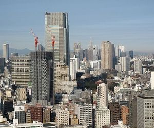 Buildings-stand-tall-despite-89-earthquake-in-tokyo-m