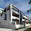 Burbury-hotel-barton-canberra-colin-stewart-architects-4-s