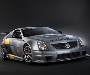 Cadillac-cts-v-coupe-race-car-2-m