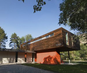 Cantilever-house-by-imbue-design-m