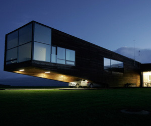 Cantilever-house-in-lithuania-edition29-arch-for-ipad-m