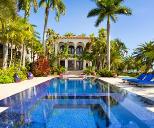 Captivating-villa-azza-with-miami-skyline-views-m