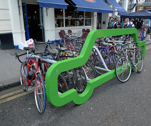 Car-shaped-bike-rack-by-cyclehoop-m
