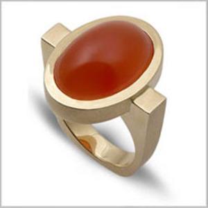 Carnelian-oval-bezel-ring-m
