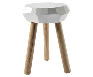Carpenter-stool-by-jethro-macey-m