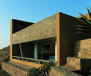Casa Equis by Barclay &amp; Crousse