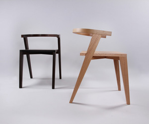 CFBM chair by Jakob Gómez