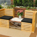 Chairs-from-recycled-pallets-s