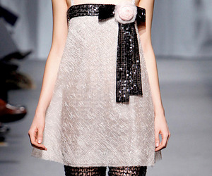 Chanel-2011-spring-summer-haute-couture-collection-m