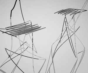 Chaotic-lines-for-a-modern-bar-chair-m