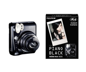 Cheki-instant-camera-with-cool-piano-black-m