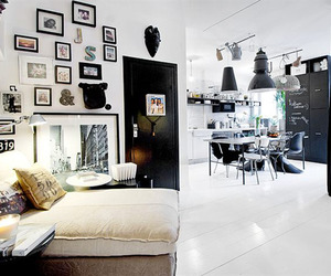 Chic Studio Apartment with a Stylish Urban Design