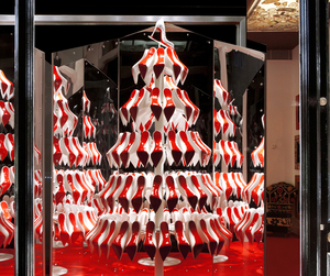 Christian-louboutin-christmas-windows-by-studio-xag-m