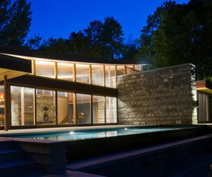 Christie-beach-residence-by-altius-architecture-m