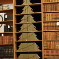 Christmas-tree-of-re-purposed-books-s