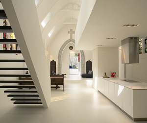 Church-converted-to-luxury-home-m