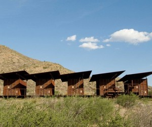 Cinco-camp-by-rhotenberry-wellen-architects-m