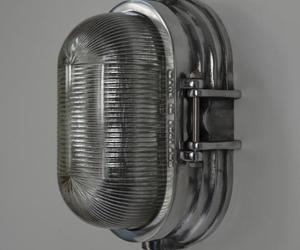 Classic-english-bulkhead-light-m