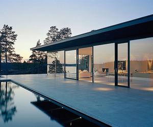 Classic-modern-lake-house-m