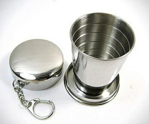 Collapsible-shot-glass-key-ring-m