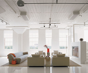 Collectors-loft-in-san-antonio-by-poteet-architects-m