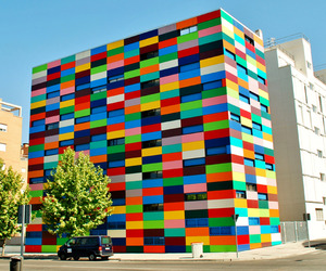 Color-blocking-in-architecture-m