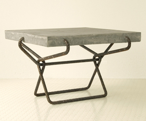 Concrete-table-m