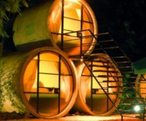 Concrete-tube-recycled-into-a-delightful-hotel-in-mexico-m