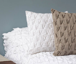 Contemporary-brazilian-bedding-m