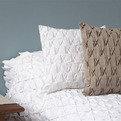 Contemporary-brazilian-bedding-s