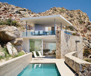 Casa Finisterra, Contemporary Cliffside Home