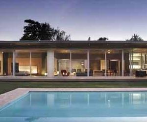 Contemporary-concrete-home-in-argentina-m