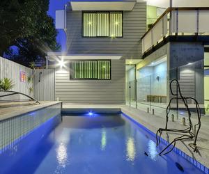 Contemporary-concrete-house-in-brisbane-m