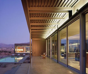 Contemporary-house-in-desert-hot-springs-by-marmol-radziner-m