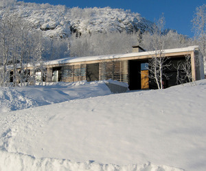Contemporary-mountain-lodge-in-norway-m