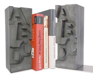 Cool-cast-concrete-bookends-for-letter-lovers-m