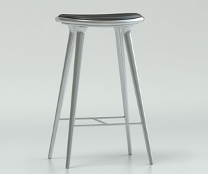 Counter-stool-by-mater-m
