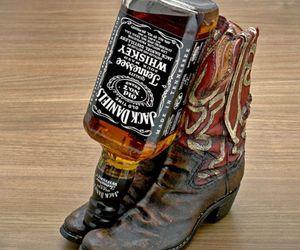 Cowboy-boot-bottle-m