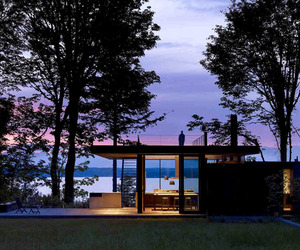 Case Inlet Retreat by MW/Works Architecture & Design