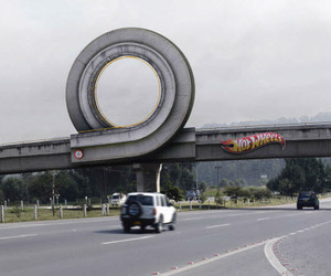 Creative-and-eye-catching-ads-m