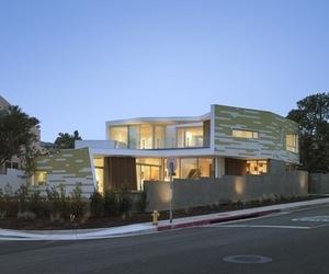 Creative-king-residence-m