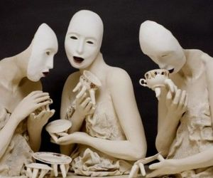 Creepy-tableware-for-nightmares-m