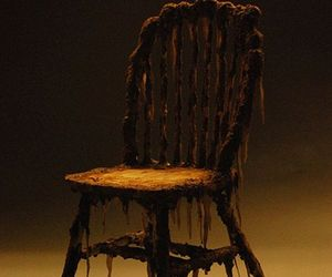Creepy-zombie-chair-m