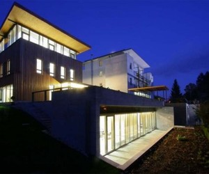 Cube-architecture-building-of-villa-mon-repos-m
