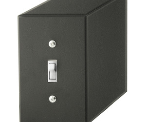 Cubic-switchplate-lightswitch-m